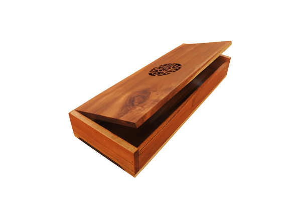 Wooden Comb Box by The Beehive India